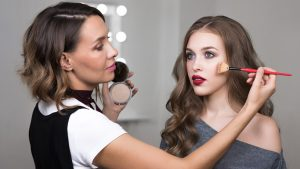 5 Best Strategies For Buying Makeup For The Girlfriend