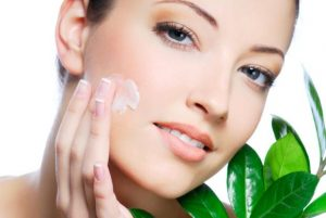 How the Right Beauty Care Supplier Can Help Keep Your Face Looking Clean and Fresh